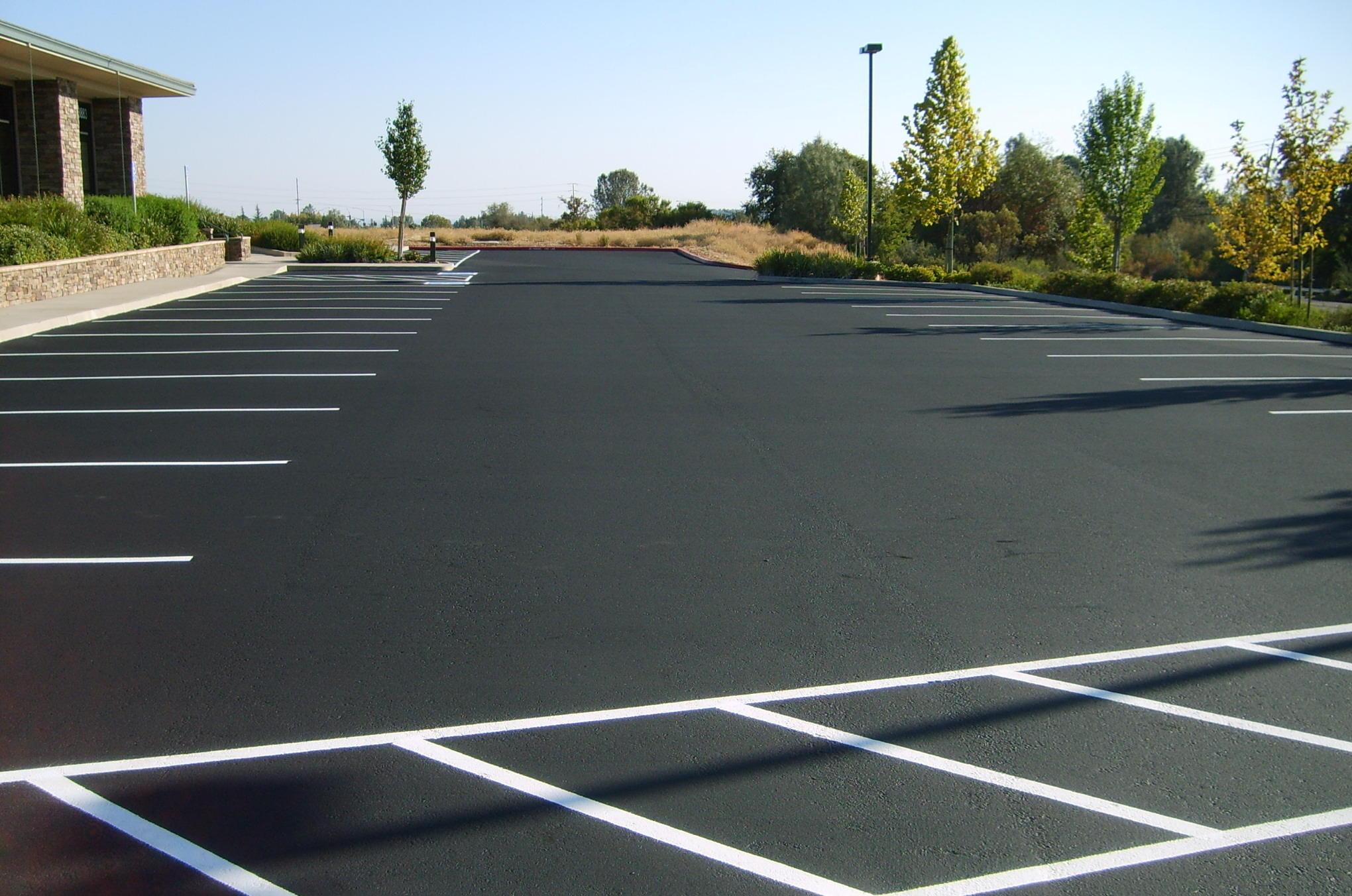 Improving Asphalt Pavement Appearance